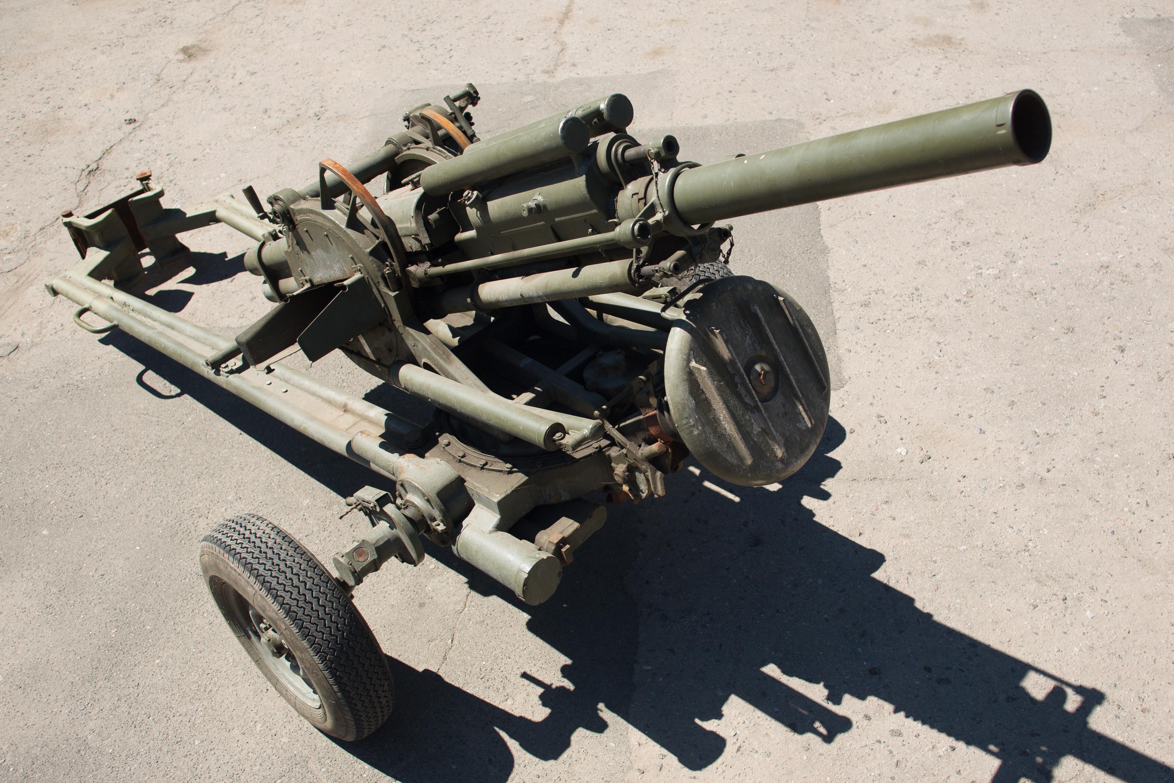 Game over? Украинские нацбаты продают оружие оптом и в розницу