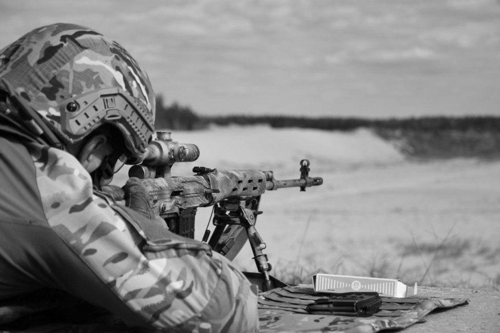 Снайпер ВСУ обозначил свое присутствие, подстрелив солдата НМ ЛНР