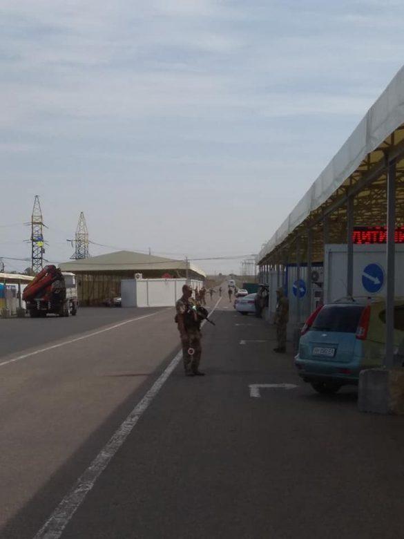 В Донбассе появился КПВВ по цене острова в Атлантике
