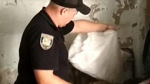 В Донбассе разоблачили женщину с гранатомётом в мешке