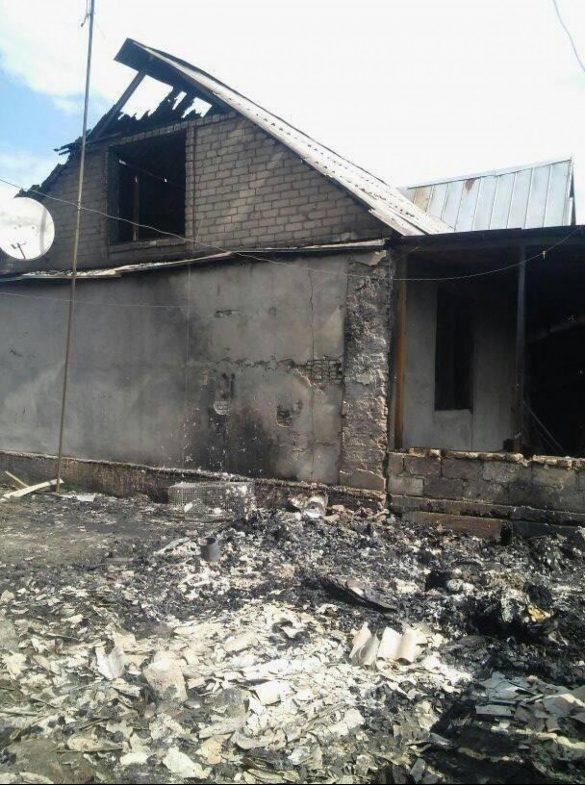 Четвёртые сутки пылает Станично-Луганский район из-за мин