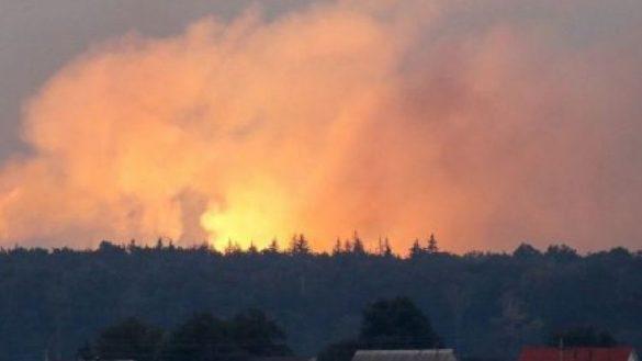 Из-за пожара на складе ВСУ в Черниговской области разрушены жилые дома