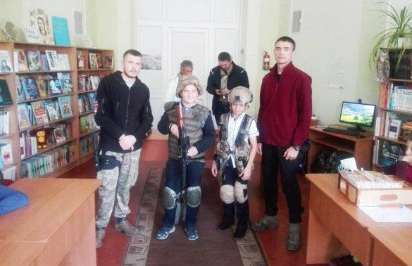 Из «Правого сектора» пришли к детям с РПГ и гранатами
