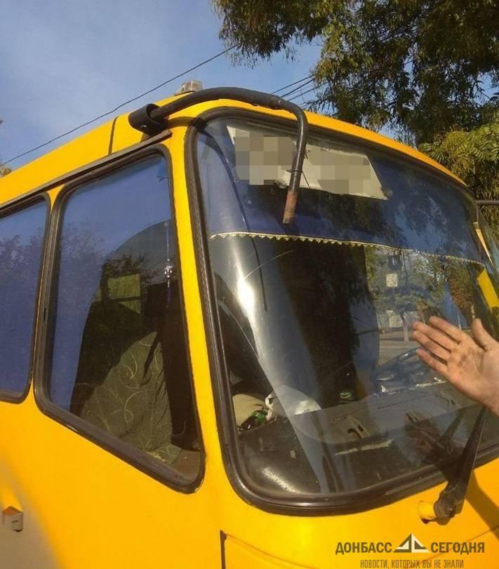 Мариупольские маршрутчики с битами устроили дорожные разборки