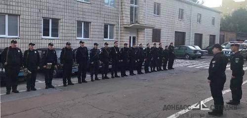 Житомирскую полицию бросили на донбасский фронт