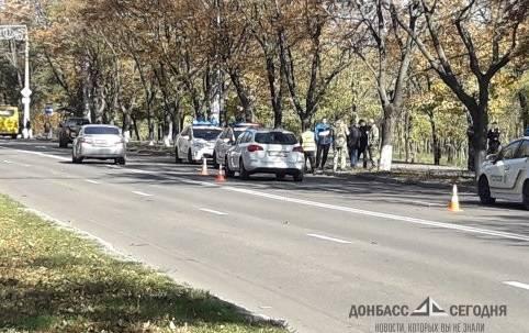 В Мариуполе «Опель» влетел в украинских военных