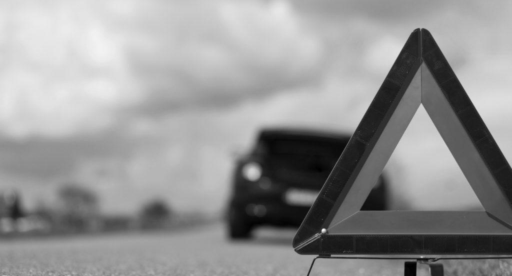 В Артёмовске авто сбило женщину с ребёнком