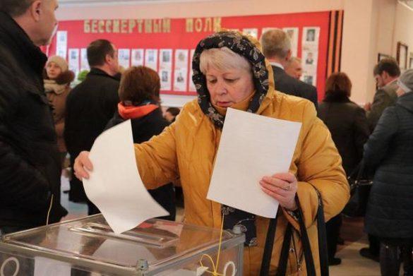 Выборы в ЛНР проходят в соответствии с нормами международного права — американский наблюдатель