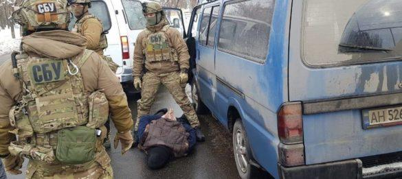 СБУ устроила шоу с охотой на «вооружённого наркоторговца-заговорщика» в Мариуполе