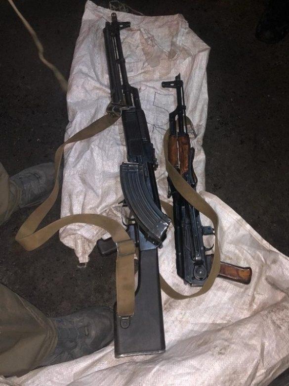 СБУ заявила о задержании торговавших оружием в Артёмовске украинских военных