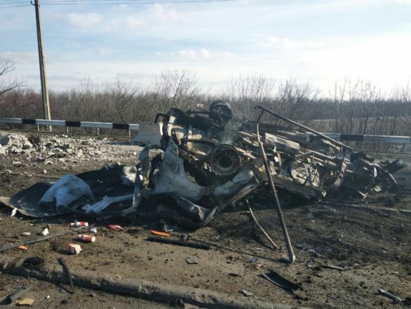 Кошмар на обочине. Возвращавшиеся в ДНР жители погибли у КПВВ «Еленовка», все подробности