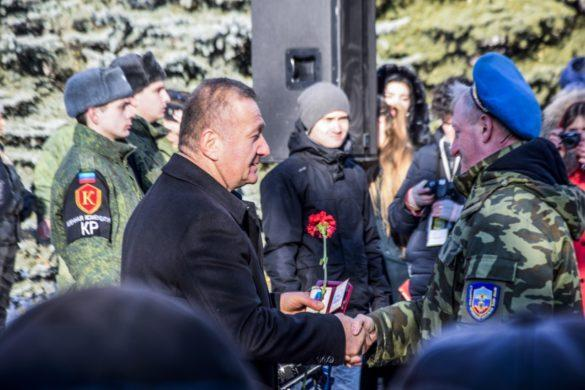 В ЛНР прошёл посвящённый выводу войск из Афганистана Бессмертный полк