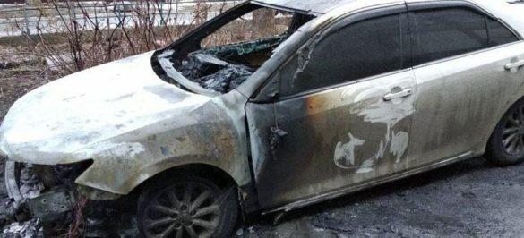 Очередному жителю Красноармейска дотла сожгли автомобиль