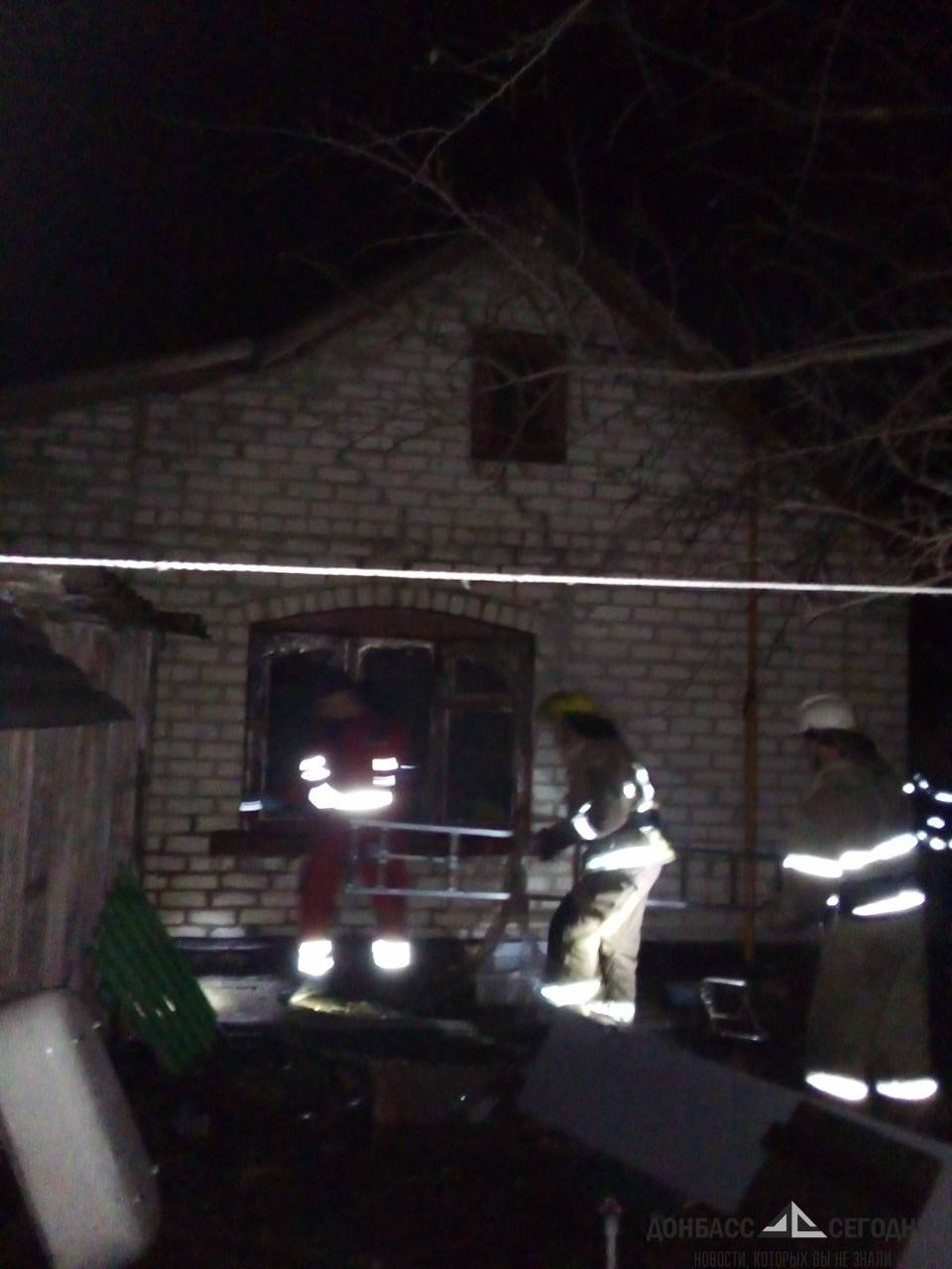В Красногоровке в кошмарном пожаре сгорели четыре человека