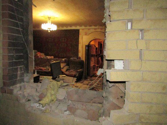 ВСУ расстреляли дома в ДНР и атаковали Горловку в стиле ИГИЛ