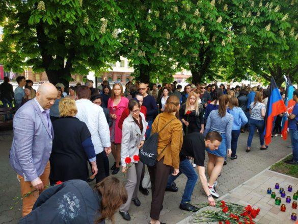 В ДНР почтили память жертв авиакатастрофы в Шереметьево