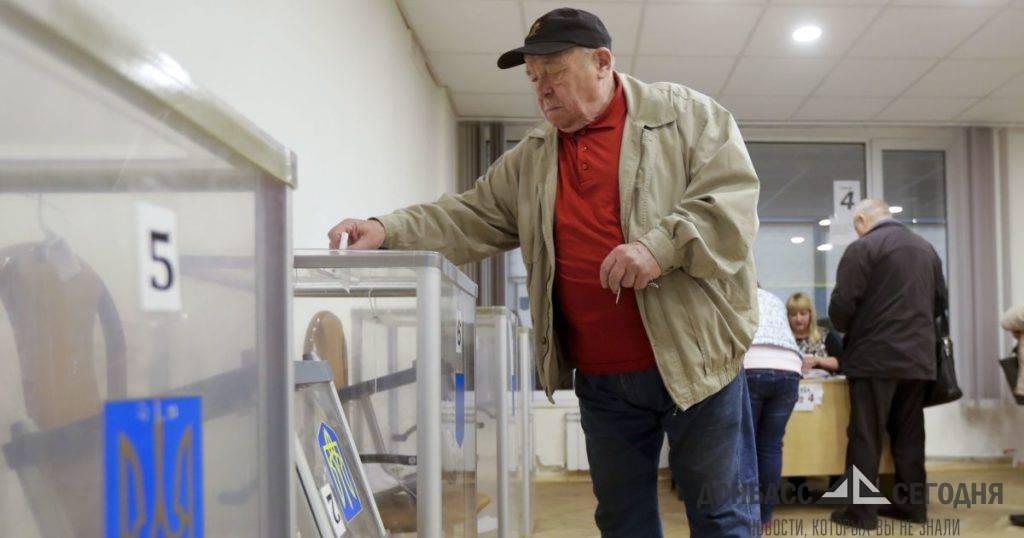 Для выборов понадобятся рискнувшие проникнуть в ДНР украинцы с флагами – украинский юрист