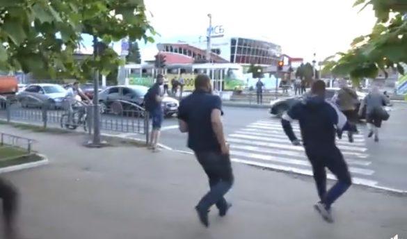 «Нацкорпус» со трельбой атаковал ветеранов АТО из-за точки на харьковском рынке