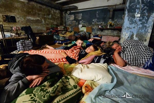 Недели в подвале, еда на костре, первые шаги малыша в бомбоубежище - дебальцевские школьники об ужасах оккупации