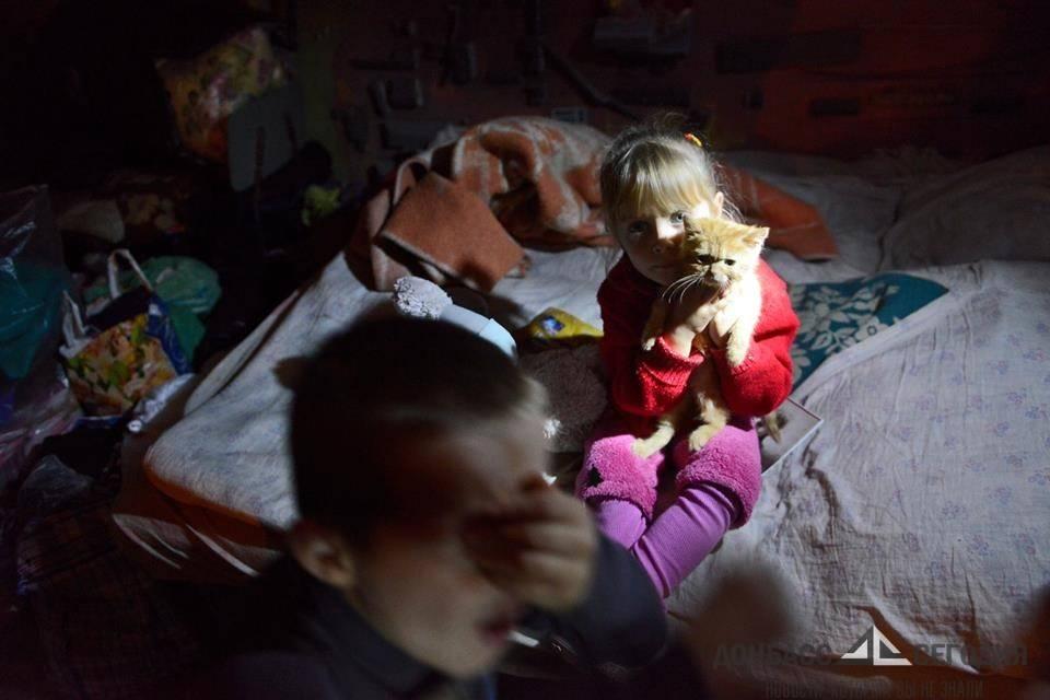 После взрыва снаряда в Кировском в подвал вбежали обезумевшие от страха люди