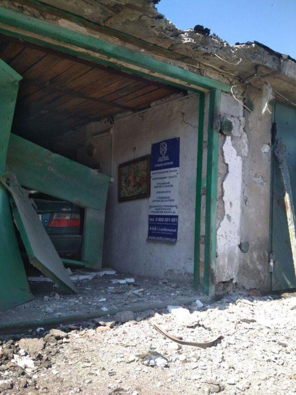 В Горловке расстреляны гаражи и ранен житель