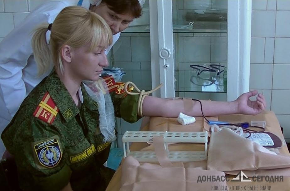 «Не могу автомат взять - хоть кровью помогу!», - дончане спасали раненых