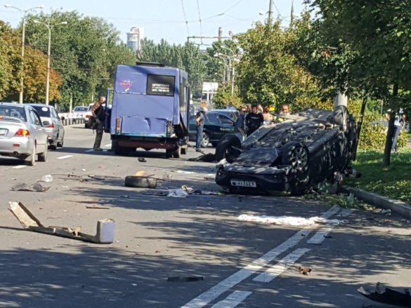 В кошмарном ДТП в Донецке погибли четыре человека, в том числе — дети