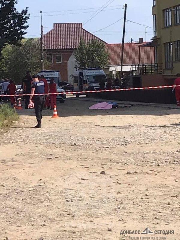 """Участник """"Азова"""" взорвал себя с женой двумя гранатами, женщина осталась без головы"""