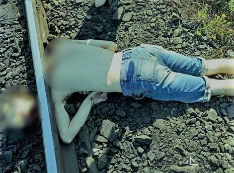Орудует маньяк? Очередному украинскому военнослужащему отрезали голову и бросили на рельсы (18+)