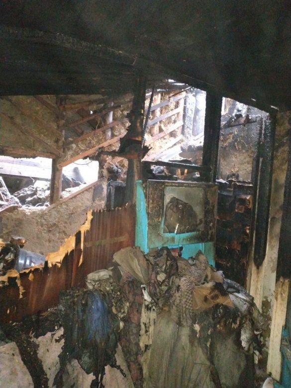 Соседи чудом успели вывести жительницу расстрелянного дома в Зайцево