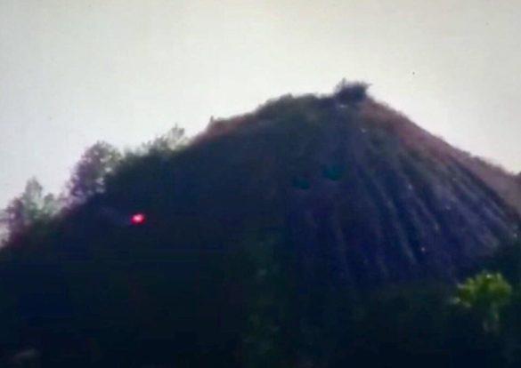 Член команды Зеленского заявил об уничтожении позиции НМ ДНР на вершине террикона