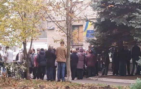 Шокированные жители Авдеевки устроили бунт из-за коммуналки