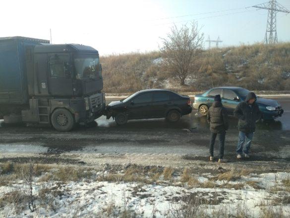 Под Харцызском произошла серия жёстких ДТП