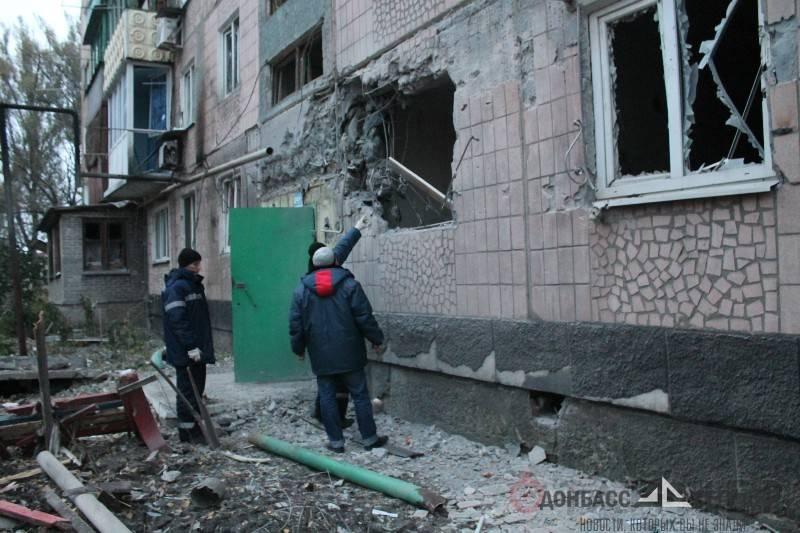 Жители Макеевки на велосипедах ездили на работу под украинскими обстрелами