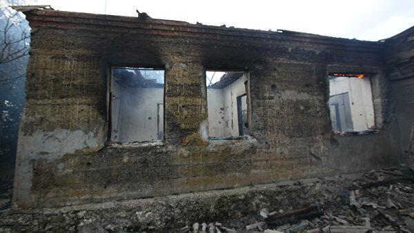 После обстрела Новоазовска военнослужащие НМ ДНР спасали мирных жителей из горящих домов