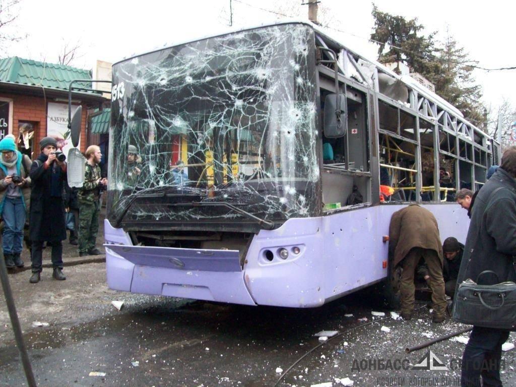 Донецкий врач рассказал о выжившем под адским огнём в троллейбусе на Боссе
