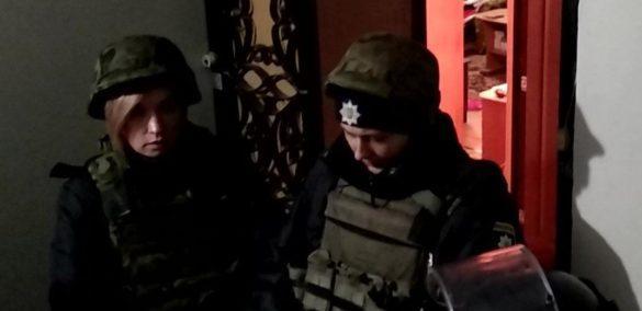 Безумец с гранатой взял в заложники семью в Краматорске