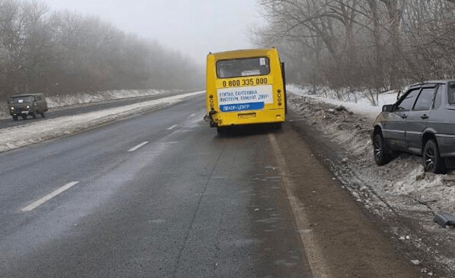 В масштабном ДТП под Мариуполем погиб мужчина