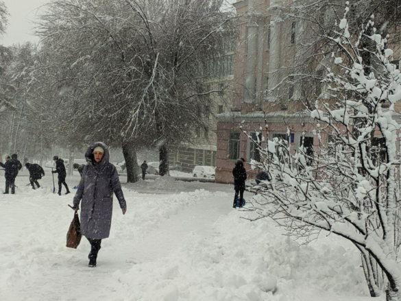 Донецк внезапно сковала ледяная стихия