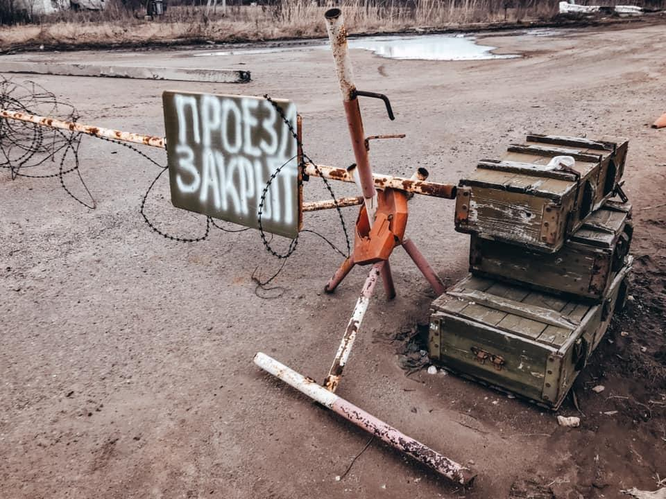«Я быстро повзрослела, научилась оказывать медицинскую помощь и ценить жизнь» - двенадцатилетняя жительница Донецка