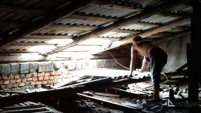 В ДНР восстанавливают дома, повреждённые аномальным ураганом