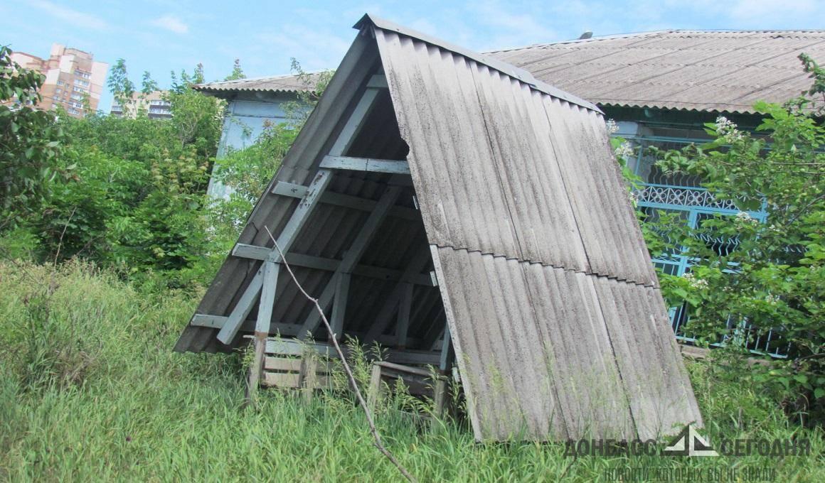 ВСУ отбирают у «Правого сектора» детский лагерь в Мариуполе