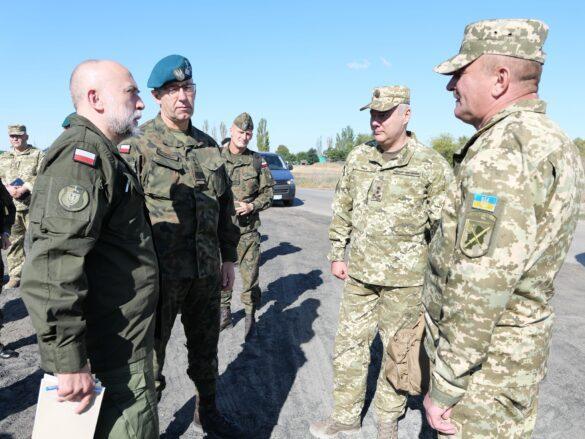 Натовский генерал провёл тщательный осмотр позиций ВСУ