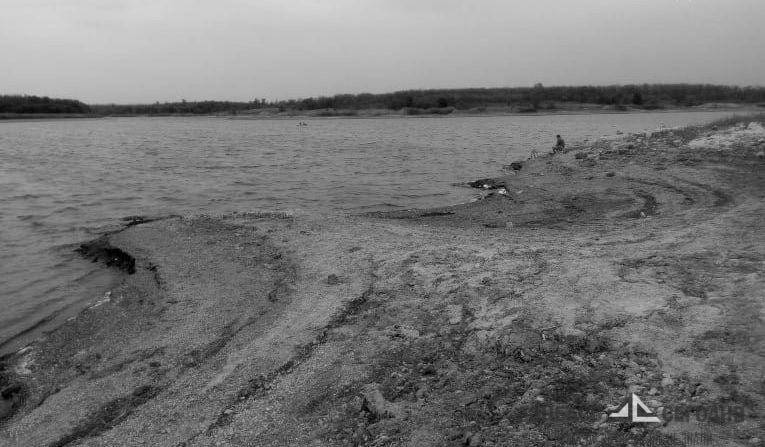 Вслед за морем из Донбасса убегает водохранилище. Жители винят Ахметова