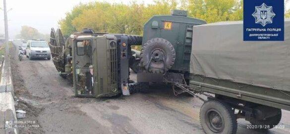 На трассе Знаменка-Изварино перевернулась машина «РЭБ» ВСУ