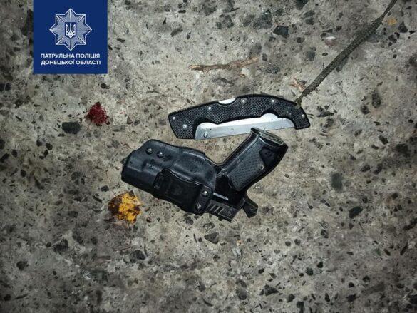 Ночью житель Мариуполя подстрелил бывшего мужа своей девушки