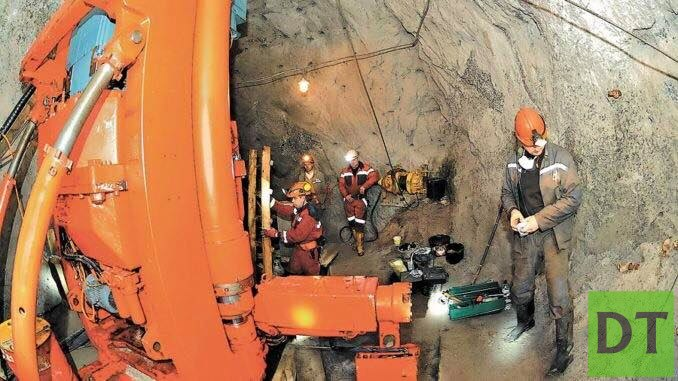 Шахтёры, добывающие урановую руду, пойдут на Киев за зарплатой