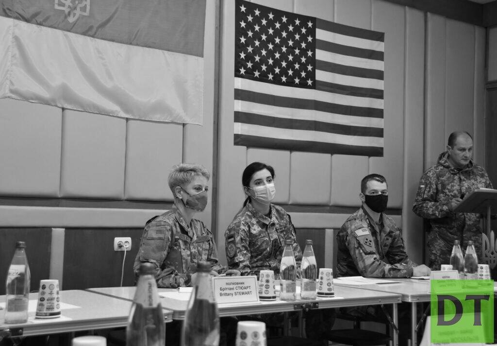 Военные США прибыли в прифронтовую Авдеевку