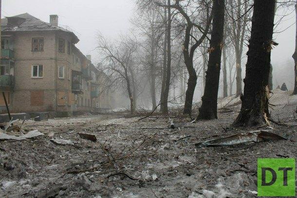 Жительница Донецка от обстрела пряталась в кладовку вместе с котиками, а они разбегались по сторонам