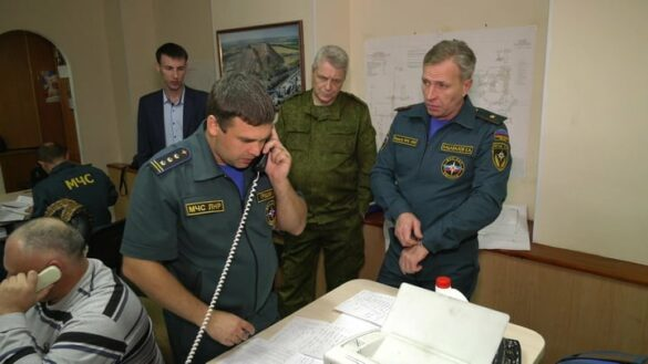 Из шахты «Красный Партизан» спасли 19 выживших горняков (фото)